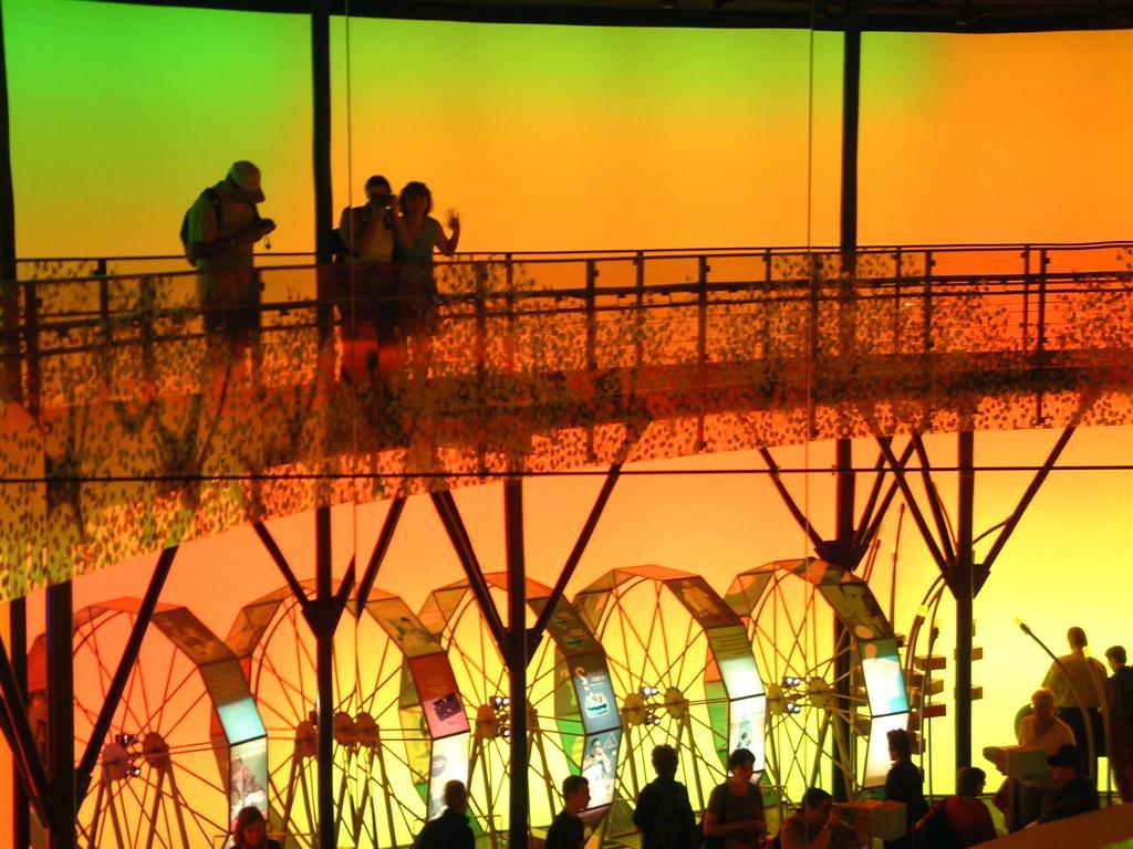 Expo02 jour j for Au jardin d eden evian